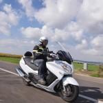 סוזוקי בורגמן 650EXEC חדש ל-2015  –  מבחן בזק