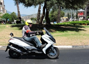 10kymco downtown 250i abs